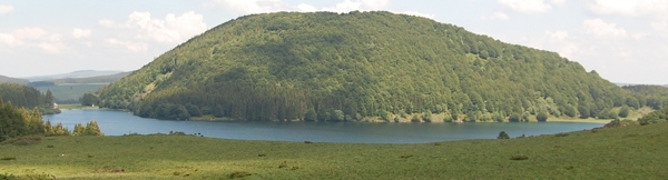 Puy Lake Montcineyre